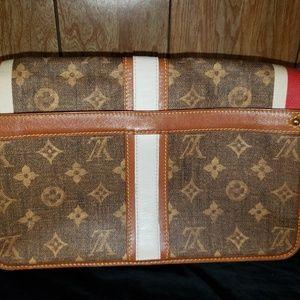 Louis Vuitton Bags - Louis Vuitton Monogram Tisse Porte Rayures Purse